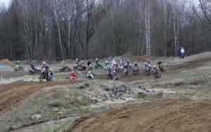 zawody motocrossowe w Bogatyni - pomiar czasu